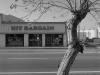 2012n035_06_hit-bargain-store